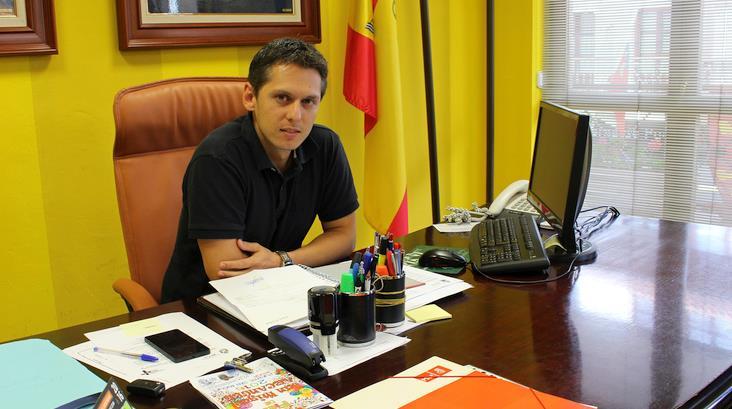 Mario Iglesias, concejal de Deportes y primer Teniente de Alcalde - Más de un centenar de patinadoras participarán en el IX Campeonato de Patinaje Artístico de Reocín
